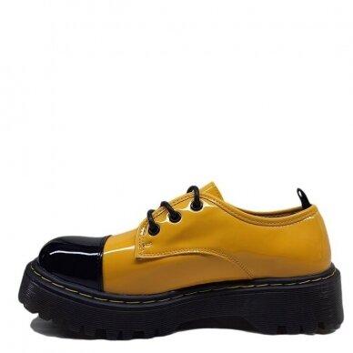 Batai su raišteliais 4